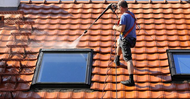 Best Roofing Materials for Homes in Fort Myers
