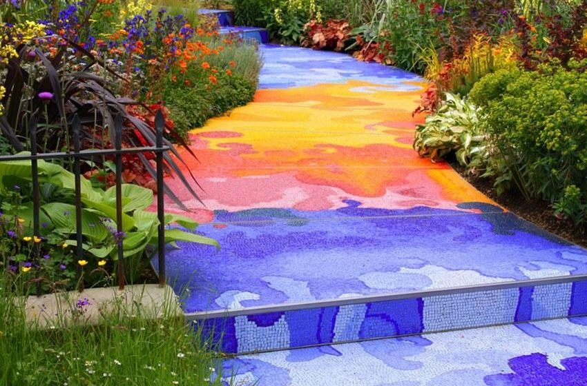 Clever Ways to Brighten up Your Garden