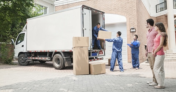 4 Reasons for Hiring a Commercial Moving Company When Moving a New House