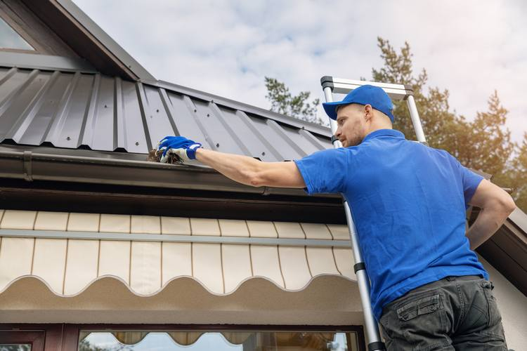 Questions One Should Ask While Hiringa Gutter Repair firm